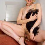 chatte femme 60 ans